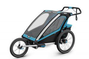 556359 sized 900x600 rev 2 300x199 Cómo transportar a un bebé en bicicleta